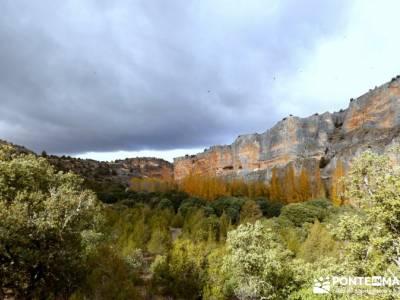 Hoces Río Riaza - Villa Ayllón; club montaña madrid gente joven asociaciones de montaña madrid
